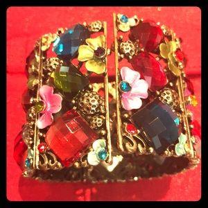 Jewelry - Flower stone bracelet